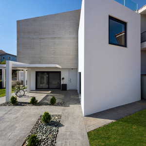 KASTELOKAMBOS HOUSE
