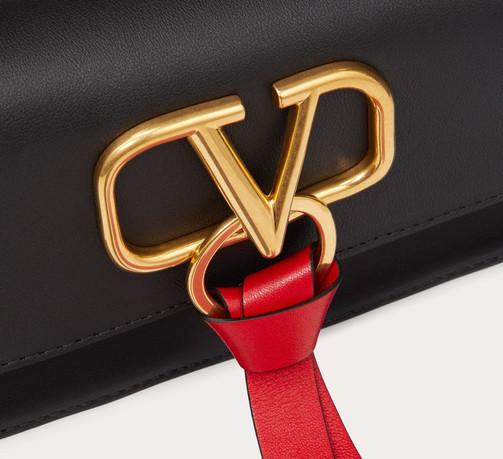 Valentino Bag FW19_bearbeitet.jpg