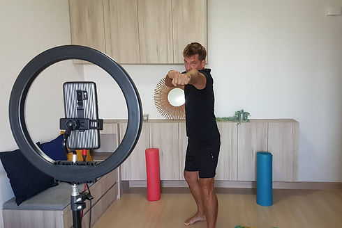 personal trainer with a desire to help y