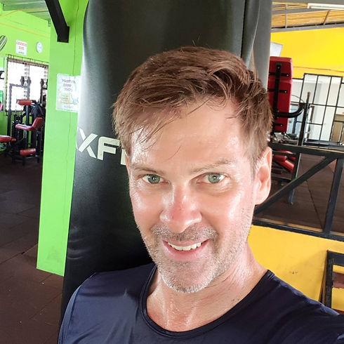 personal trainer Phuket Dennis Romatz