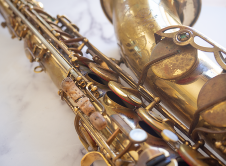 6 Musical Accessories Every Jazz Saxophonist Needs