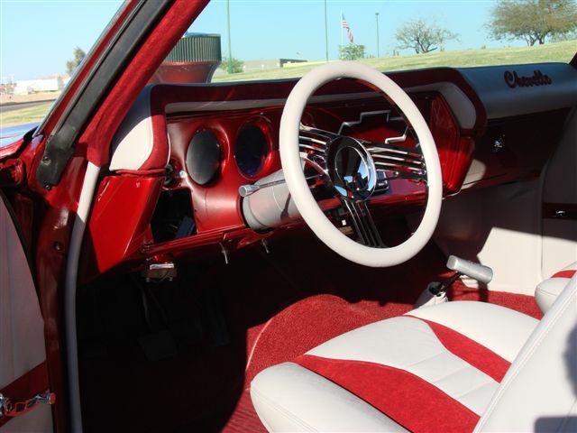 72' Chevelle dash.jpg