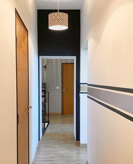 aménagement d'un couloir dans les alpilles par la décoratrice pascale fayol