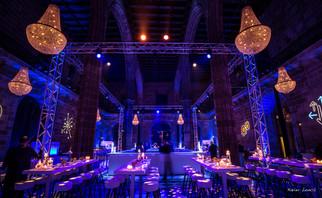 gala_event_Llotja-Truss-Chandeliers.jpg