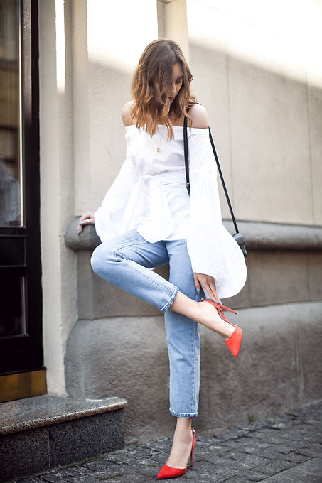 summer-night-out-outfit-red-pumps.jpg