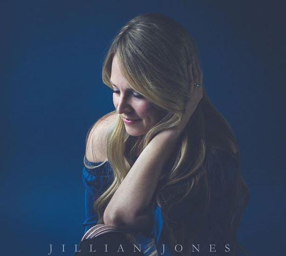 Jillian Jones - Streams In The Wasteland