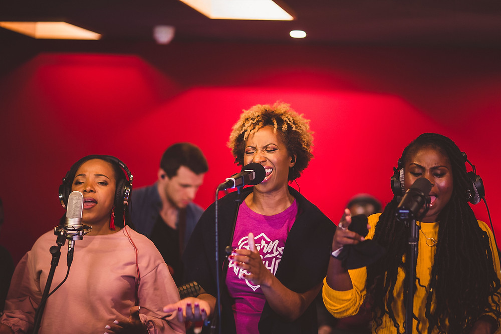 Anu Omideyi - The Worship Must Go On
