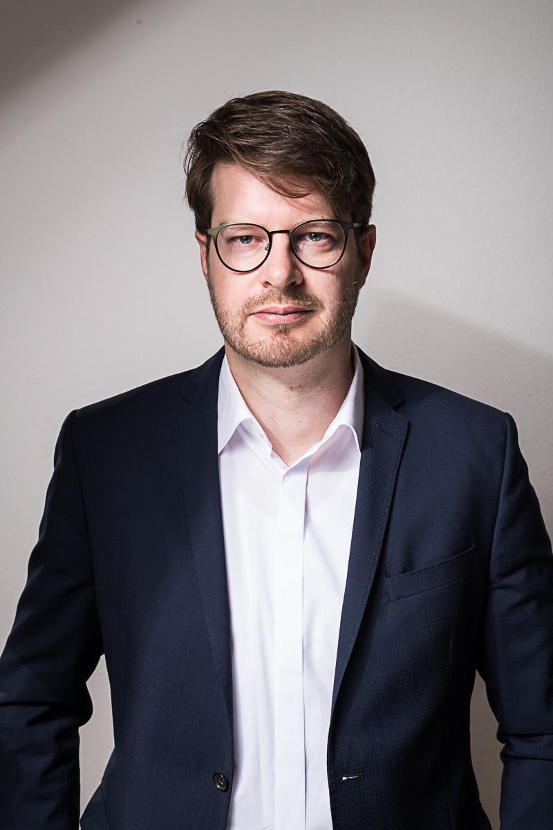 Generationenforscher Rüdiger Maas: Generation Z schwimmt zwischen On- und Offlinewelt