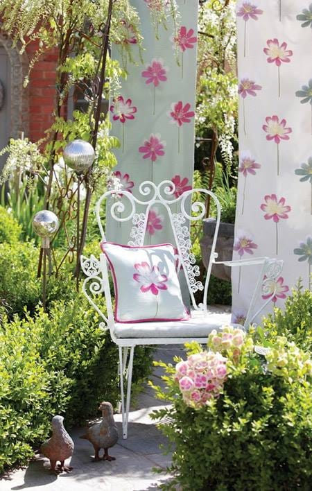 Make up your mood relaxing at balcony or in yard. Simple cushions and happy colored fabrics add beauty and smiles. Relax!