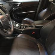 Chrysler 300 black leather interior.jpg