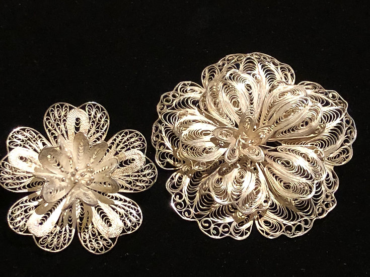 A Pair Sterling Silver - Antique Filigree Flower Floral Brooch Pin