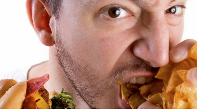How to Avoid Overeating at Mealtime