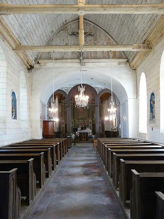 2009 - Eglise - La nef.JPG
