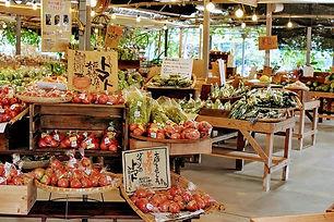 happymoremarket.jpg