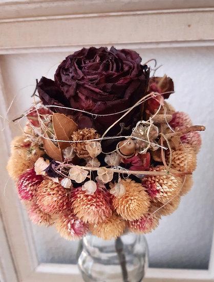 Bouquet gomphrena