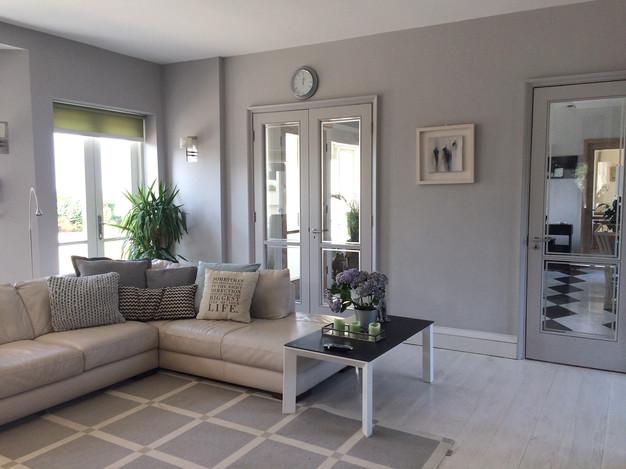 Fresh & Simple living space