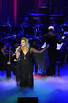 La chanteuse Geneviève Charest en spectacle