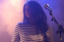 Mira Shanti, chanteuse et percussionniste de Kaléidoscope