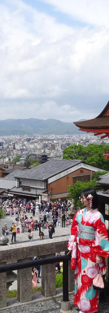 10 Kiyomizu-dera Temple