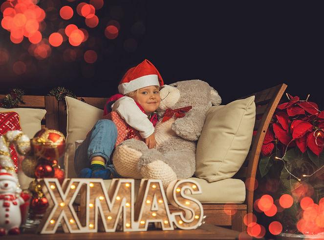 christmas photo budapest 3.jpg