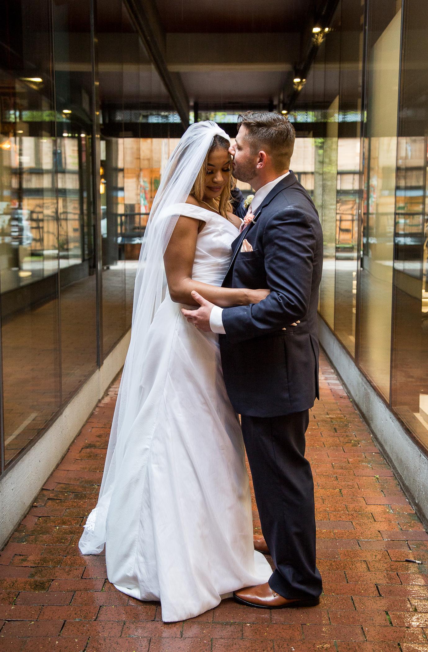 Vancouver Gastown Wedding Photos