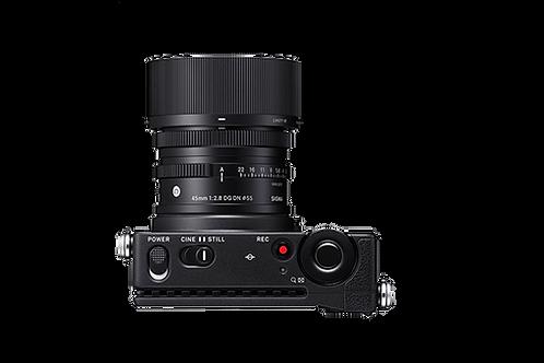fp full frame Digital camera + 45mm F2.8 DG DN