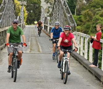 Manawatu Cycleways shuttles around Apiti, Rangiwahia, Mangaweka North Island New Zealand