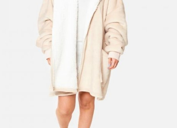 Hoodie blanket with zip