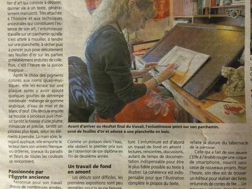 Article de presse dans mon atelier d'enlumineur