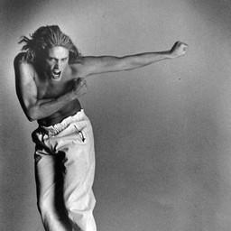 Model Jumping.
