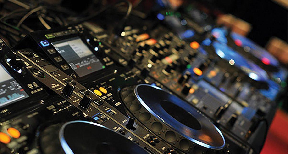 Introduction to DJ-ing