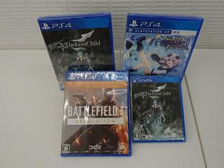 新作PS4、Vitaソフト入荷してます!