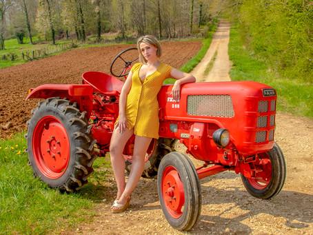 Le calendrier Belles des Prés s'associe avec Petit Coup d'Pouce à la ferme.