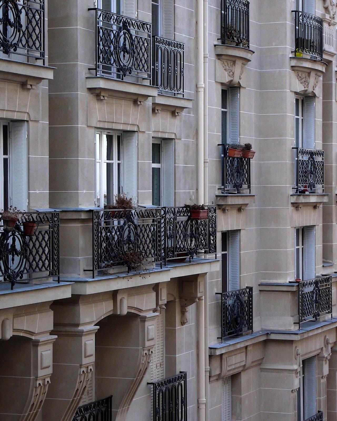 paris-houses-16x20-P1110528.jpg