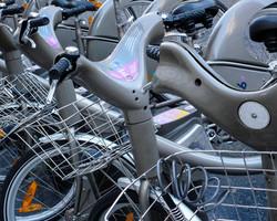 paris-bikerent-16x20-P1110504.jpg