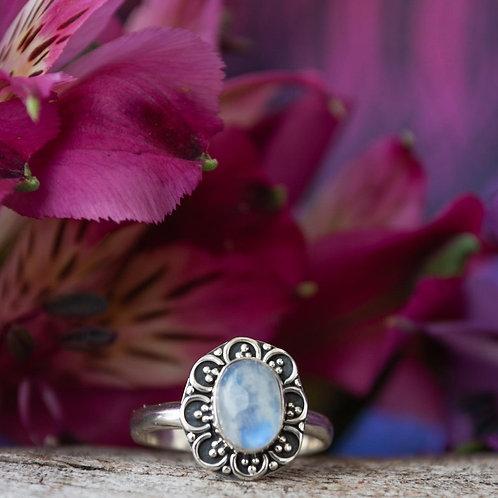 Anel Prata Floral com Pedra da Lua