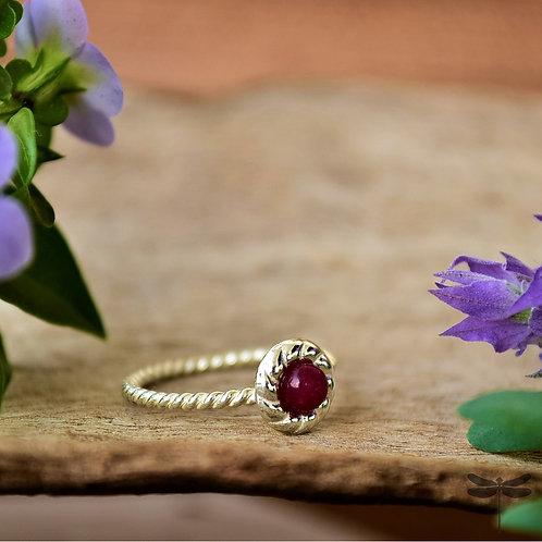 Anel Prata Flor com Pedra Vermelha Pandora