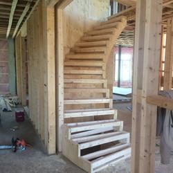 Charpente d'escalier en rond