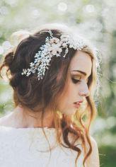 Bohemian-Wavy-Wedding-Hair.jpg