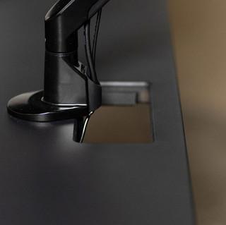 battlestation-corner-gaming-desk11.jpg