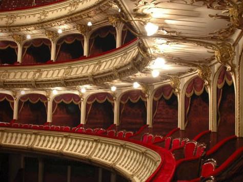 Kansainvälinen Wagner-debyytti Tannhäuserin Elisabethina