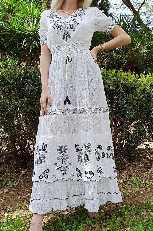שמלת הודיה