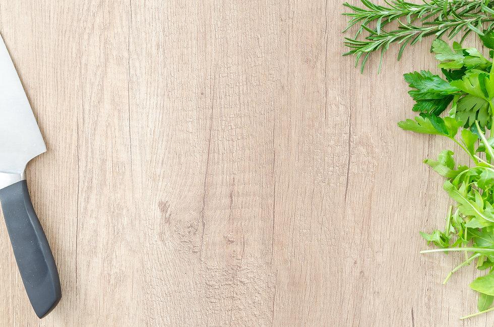 basil-chopping-board-fresh-616484.jpg