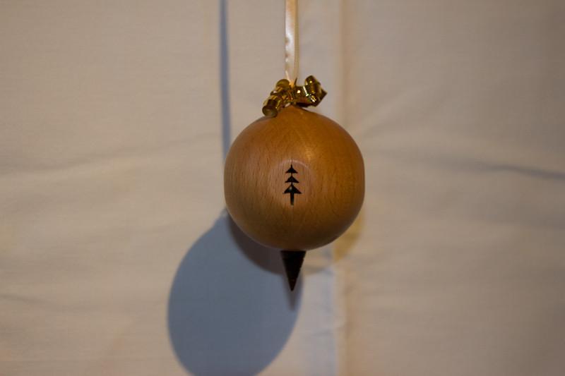 Weihnachtskugel-1.jpg