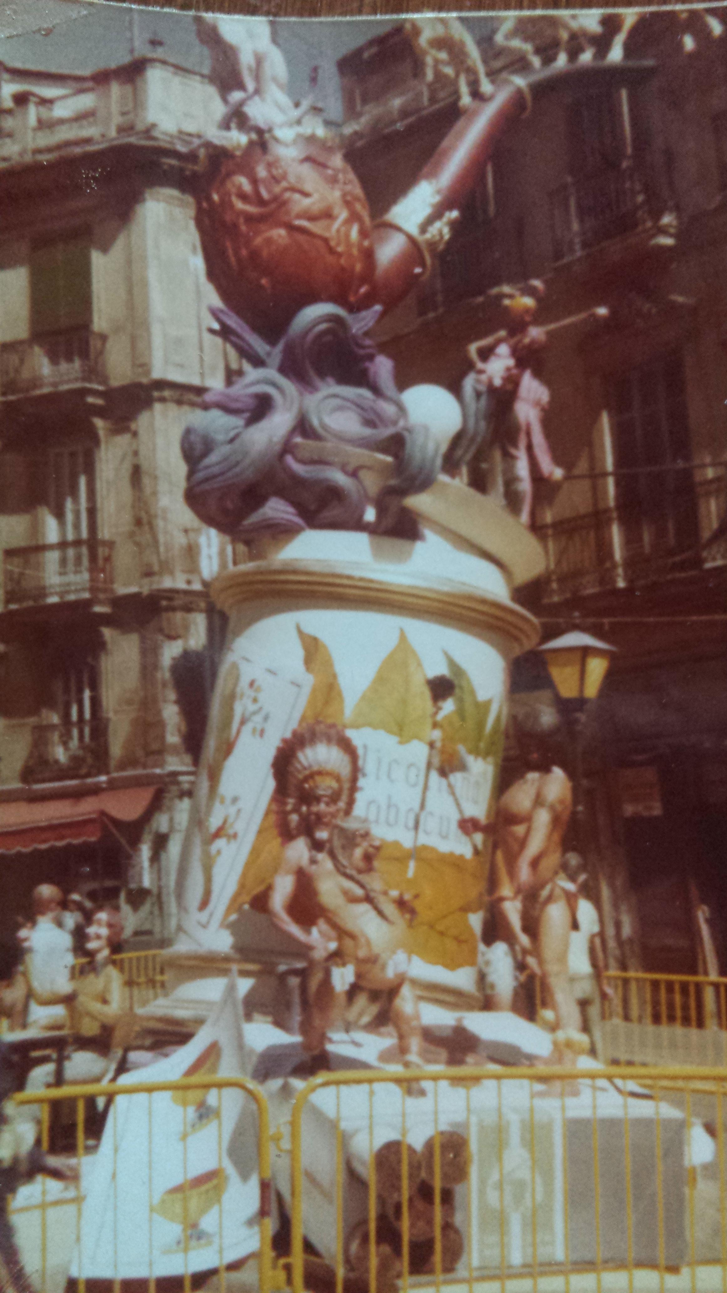 monumento 1976