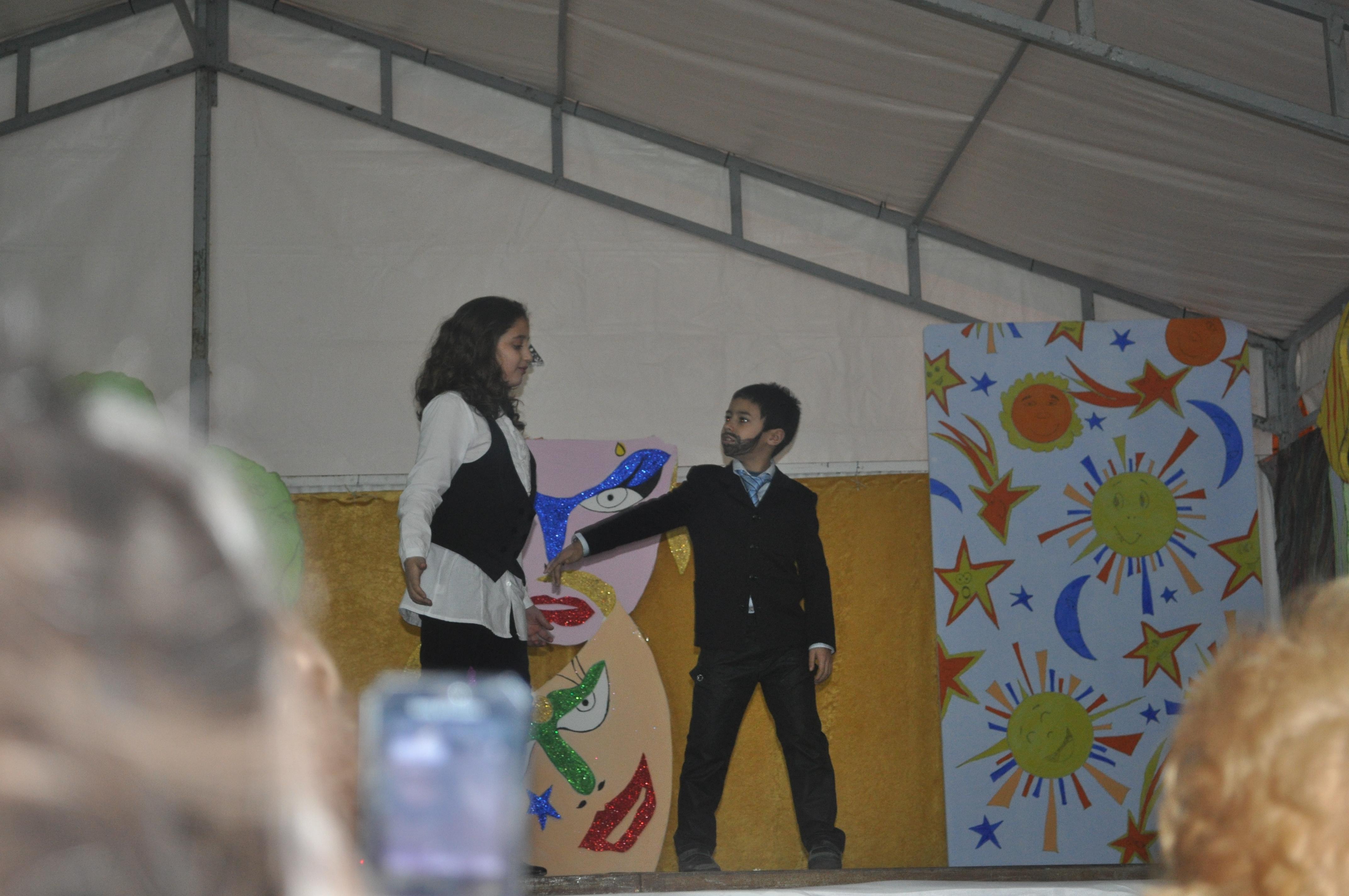 2011 Pimpinela empieza la discusión