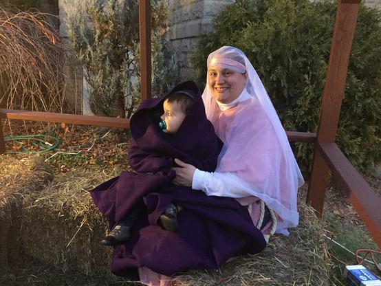 MaryJesusLivingNAtivity.jpg