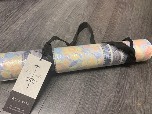 Alla vita yoga mat (electric ave)