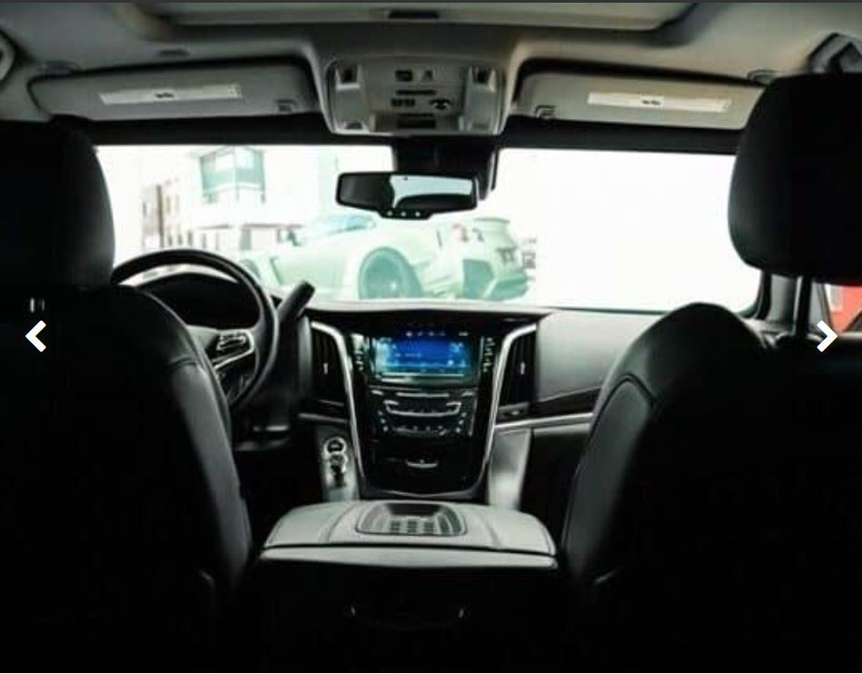Cadillac Escalade 4.JPG