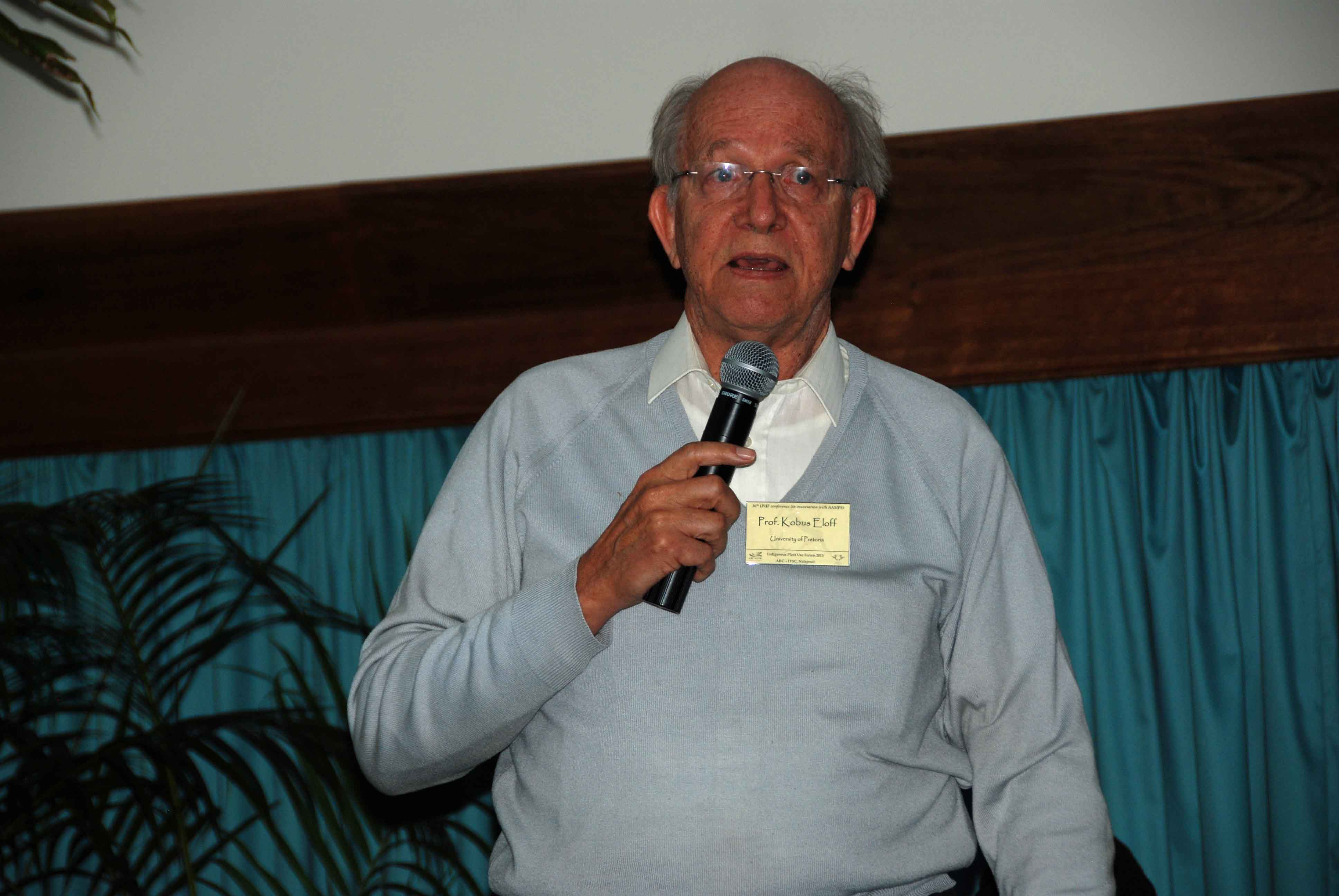 Prof Kobus Eloff